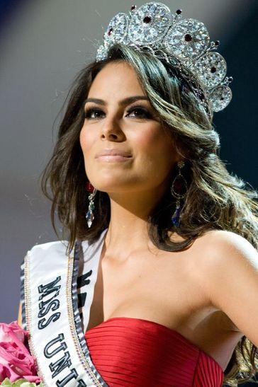 http://www.juanofwords.com/wp-content/uploads/2010/08/Miss-Universe.jpg