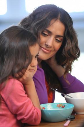 10 Celebrity Latina Mamacitas