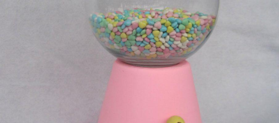 Bubble gum machine replica