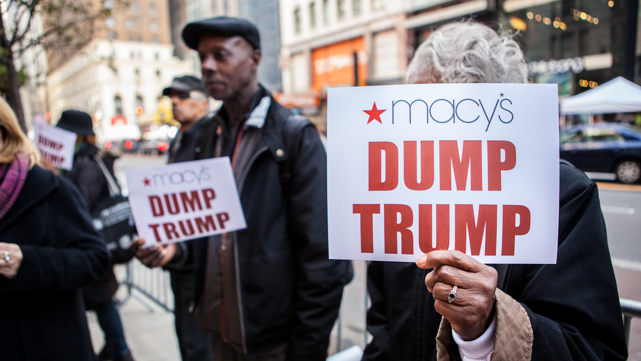 """What """"Dump Trump"""" has meant for U.S. Latinos"""