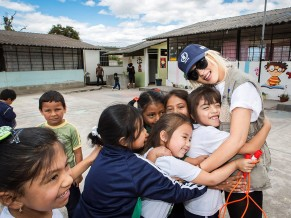 Christina Aguilera: From Hunger to Hope